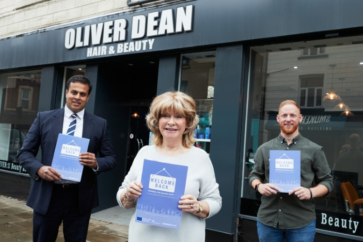 Cllr Denise Jeffery and Cllr Nadeem Ahmed delivering 'hospitality packs' to Oliver Dean and Qubana in Wakefield.