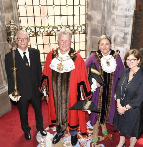 Cllr Charles Keith (Mayor) and Cllr Tracey Austin (Deputy Mayor) with Chief Executive Merran McRae and Rob Smitten , mace bearer